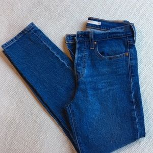 Levi's wedgie jeans size 25